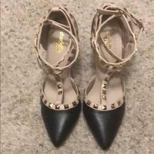 Black and Tan high heels shoes